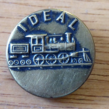 Ideal train button - Sewing