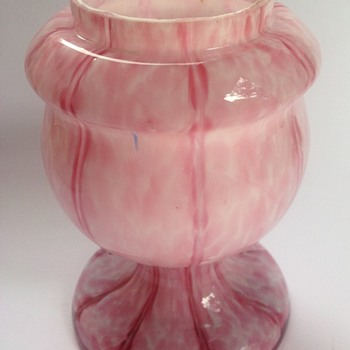 Welz pink spatter glass Vertical Lines rose bowl vase