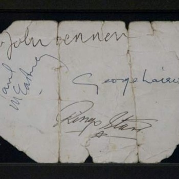 Beatles signed promo card-1963 - Music Memorabilia