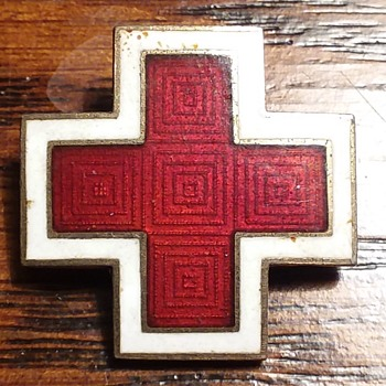 WW2 American Red Cross pin - Military and Wartime