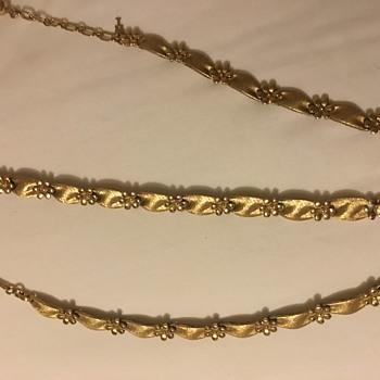 Trifari Necklace & Bracelet set