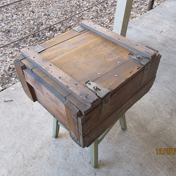 Small Ammo/Drug Crate - Furniture