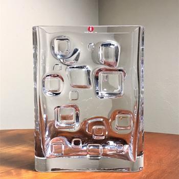 VALTO KOKKO - FINLAND  - Art Glass