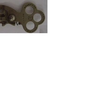 hinged key Marked STAMFORD YALE & TOWNE CONN, U.S.A. YALE MFG. C