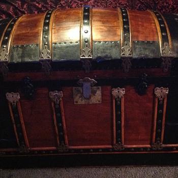 My Treasure Chest - Furniture