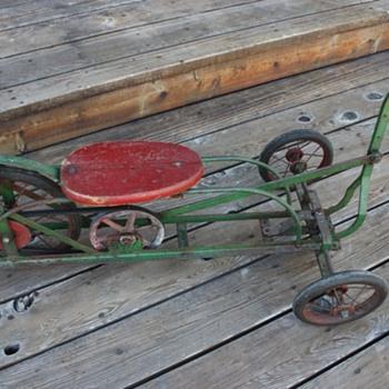 Antique Pedal Car - Model Cars