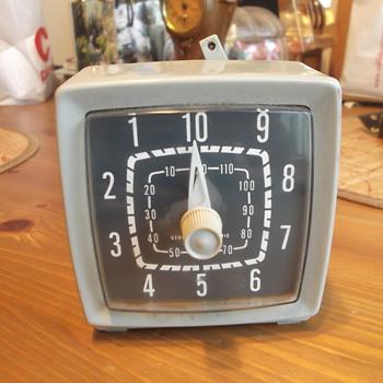 Vintage Unknown General Electric Clock - Clocks