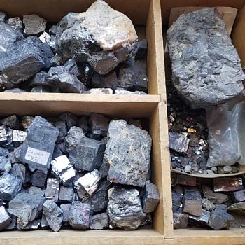 Meterotites? Moonrocks? Mongolian rocks or just rocks? - Gemstones
