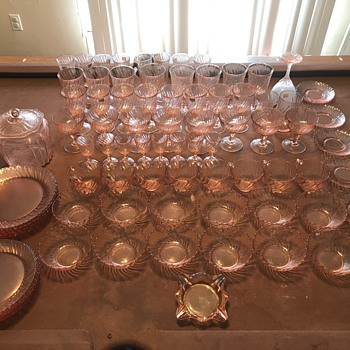 French pink crystal - Glassware