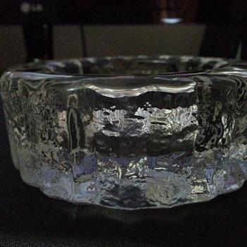 'ICE LOOK 'ASHTRAY - Glassware