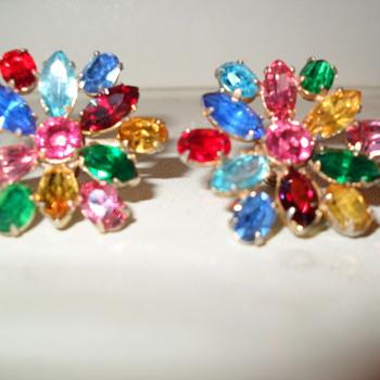 Juliana? - Costume Jewelry