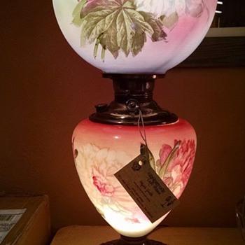 Antique Kerosene Edward Miller vase lamp - Lamps