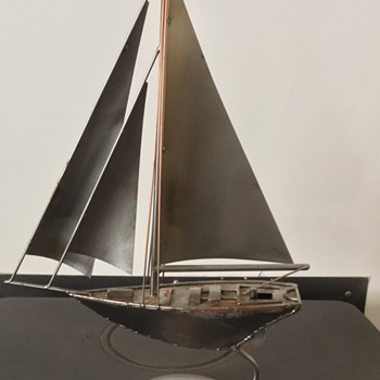 Yacht made from recycled metal - made in Hamburg - Toys