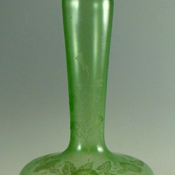 Loetz or Kralik ACB Morning Glories  vase c. 1910. - Art Glass