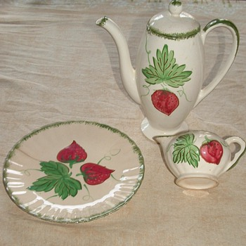 Blue Ridge Strawberries - China and Dinnerware
