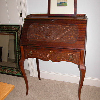 Small Antique Desk - Furniture