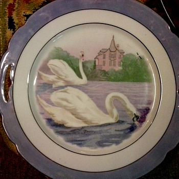 """Shwarzenhammer"" Bavarian Porcelain Serving Plate / Swan Scene With Purple Lusterware Border/Circa 1900-20 - China and Dinnerware"