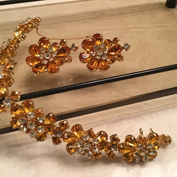 KRAMER SET - Costume Jewelry