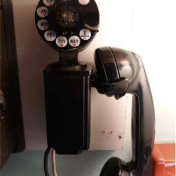 Western Electric 211 Wall Telephone - Telephones
