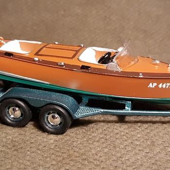 Johnny Lightning Hulls and Haulers 1965 International 1200 With Split Cockpit Boat circa Now - Model Cars