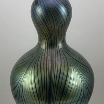 Loetz Rubin Phänomen Genre 7501 Vase, PN I-7502, ca. 1899 - Art Glass