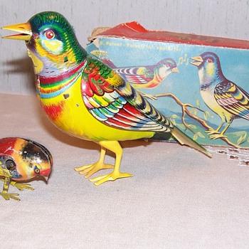 chirping tin birds