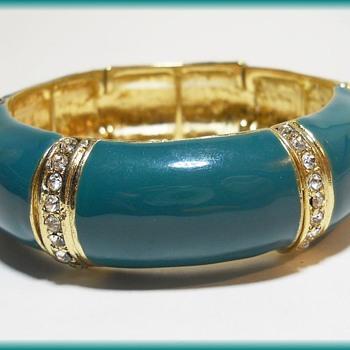 Vintage Enamelled Bracelet  - Costume Jewelry