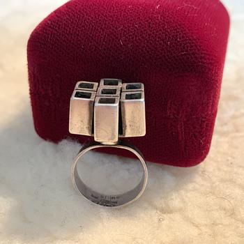 Silver ring.  - Fine Jewelry