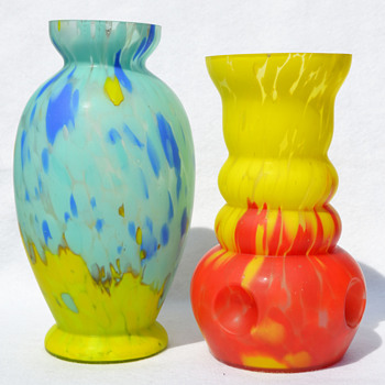 Czechoslovakian satin finish spatter - Art Glass