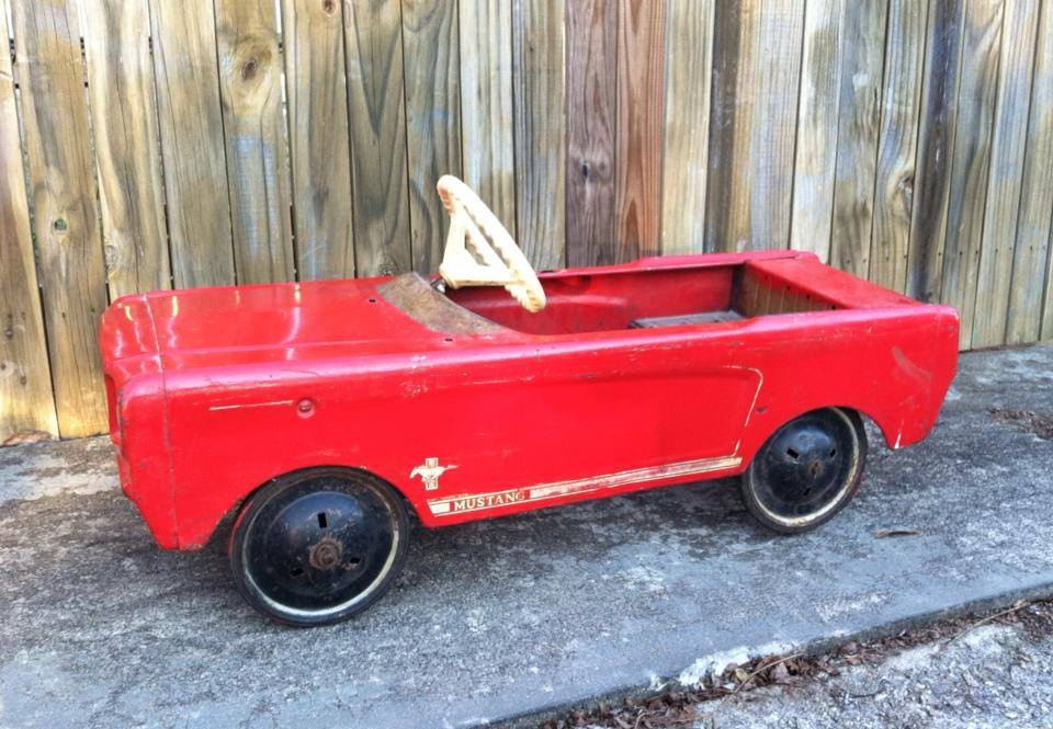 1960 39 s amf mustang pedal car before after pictures collectors weekly. Black Bedroom Furniture Sets. Home Design Ideas