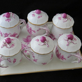 Late 18th Century Ludwigsburg Porcelain - China and Dinnerware