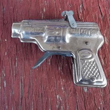 VINTAGE TOY CAP GUN
