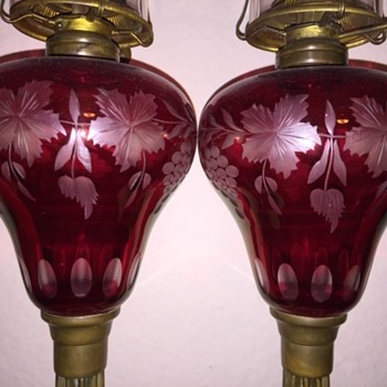 A Matched Pair Of 1860's Cranberry Grapes Oil Lamps - Lamps
