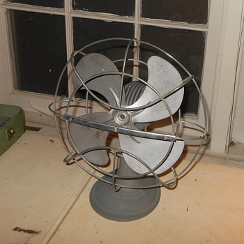 "Westinghouse 10 LD 10"" Electric Fan 1950s - Tools and Hardware"
