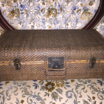 Vintage Chinese Wood & Wicker Suitcase  - Asian