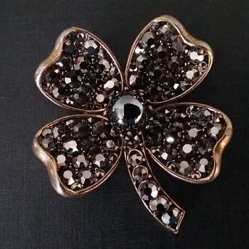 Weiss shamrock brooch and earrings set  - Costume Jewelry