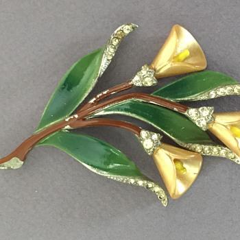 Coro Calla Lily Brooch circa 1939 - Costume Jewelry