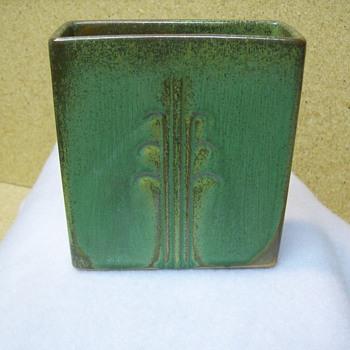 Frankoma #61 Reed Vase - Pottery
