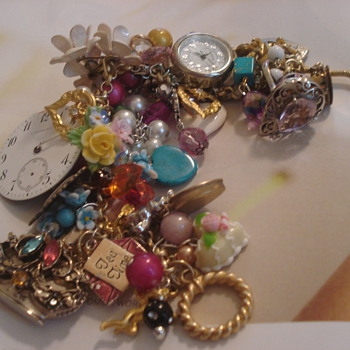Floral Favorite - Costume Jewelry