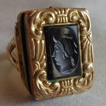 Intaglio Glass Mourning Locket Fob Ring 10K