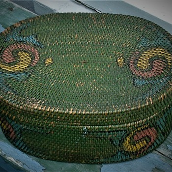 Antique Sewing (?) Basket  - Sewing