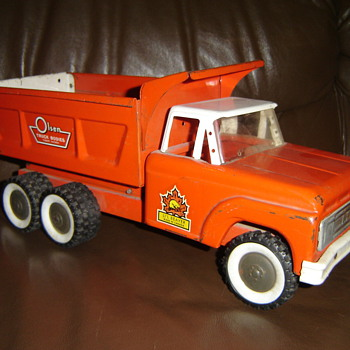 1960's  LI'L Beaver Toy Truck - Model Cars