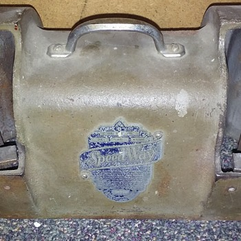 (used to be a) small electric bench grinder