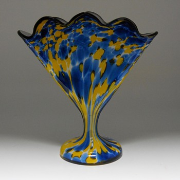 Franz Welz Fan Vase, Circa 1930 - Art Glass
