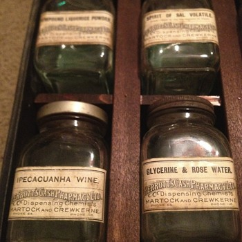 English apothecary Perrotts cash chemist / Rexall salesman case Stamford hardware