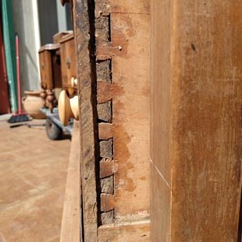 Wooden chest - Furniture