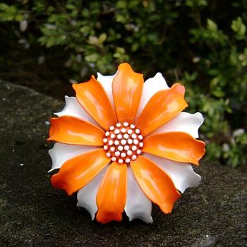 Trifari Flower Pin - Costume Jewelry