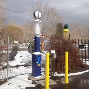Great Richfield gas pump - Petroliana