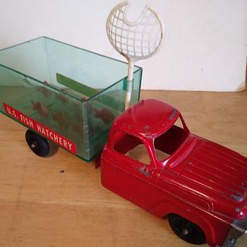 Hubley U.S. Fish Hatchery Truck - Toys