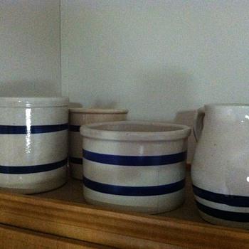 Robinson Ransbottom crockery - Pottery